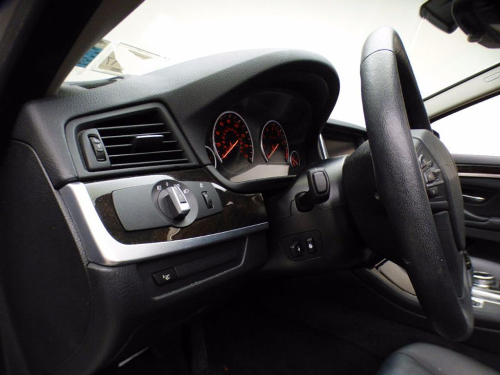2014 BMW 5 Series 535i xDrive - 16510074 - 10