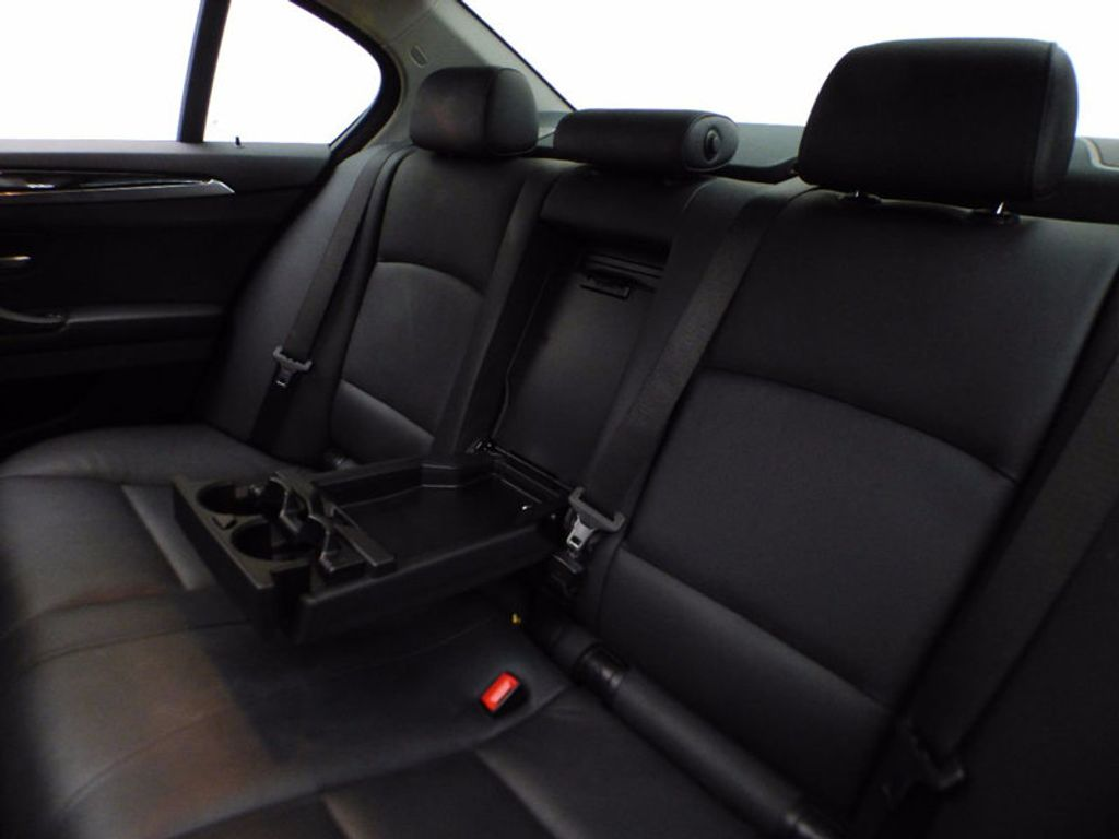 2014 BMW 5 Series 535i xDrive - 16510074 - 12