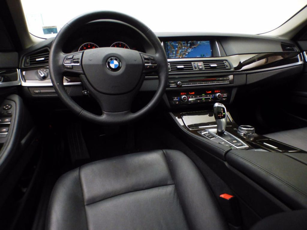 2014 BMW 5 Series 535i xDrive - 16510074 - 26