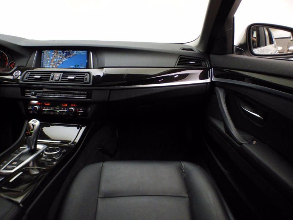 2014 BMW 5 Series 535i xDrive - 16510074 - 28
