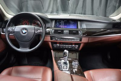 2014 BMW 5 Series 535i xDrive - Click to see full-size photo viewer
