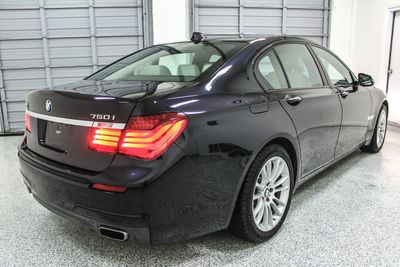 2014 BMW 7 Series 750i xDrive - Click to see full-size photo viewer