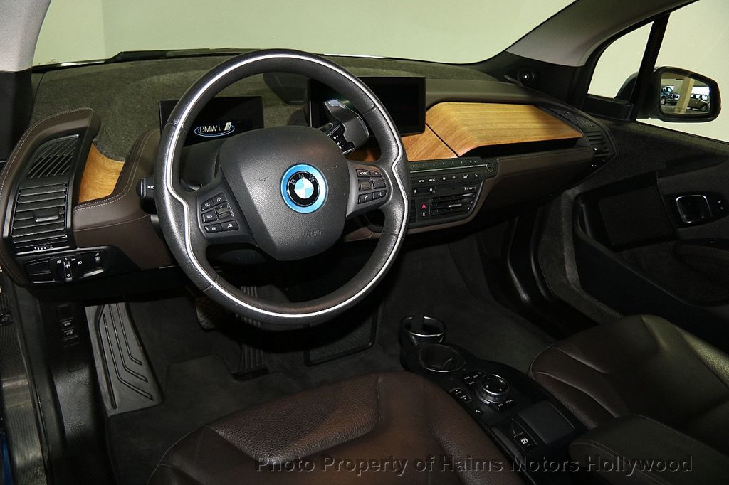 2014 BMW i3 Hatchback - 16412727 - 23