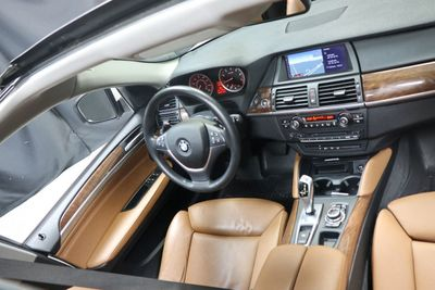 2014 BMW X6 SPORT PKG!!! - Click to see full-size photo viewer
