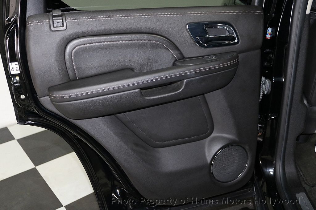 2014 Cadillac Escalade 2WD 4dr Platinum - 18216396 - 11