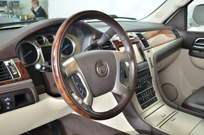 2014 Cadillac Escalade AWD 4dr Platinum SUV - Click to see full-size photo viewer