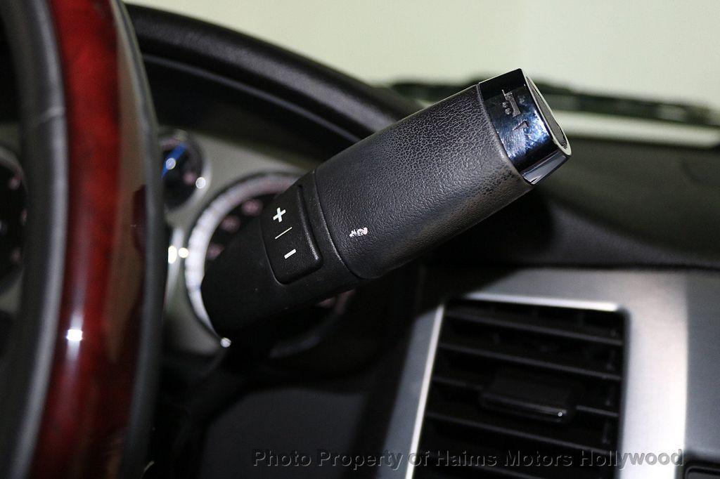 2014 Cadillac Escalade ESV 2WD 4dr Premium - 17810320 - 25