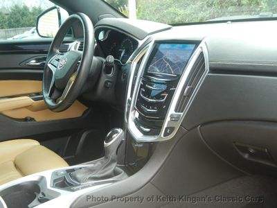 2014 Cadillac SRX FWD Luxury Collection w/Navigation - Click to see full-size photo viewer