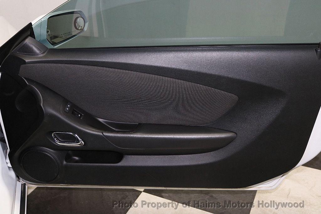 2014 Chevrolet Camaro 2dr Coupe LT w/1LT - 18675934 - 9