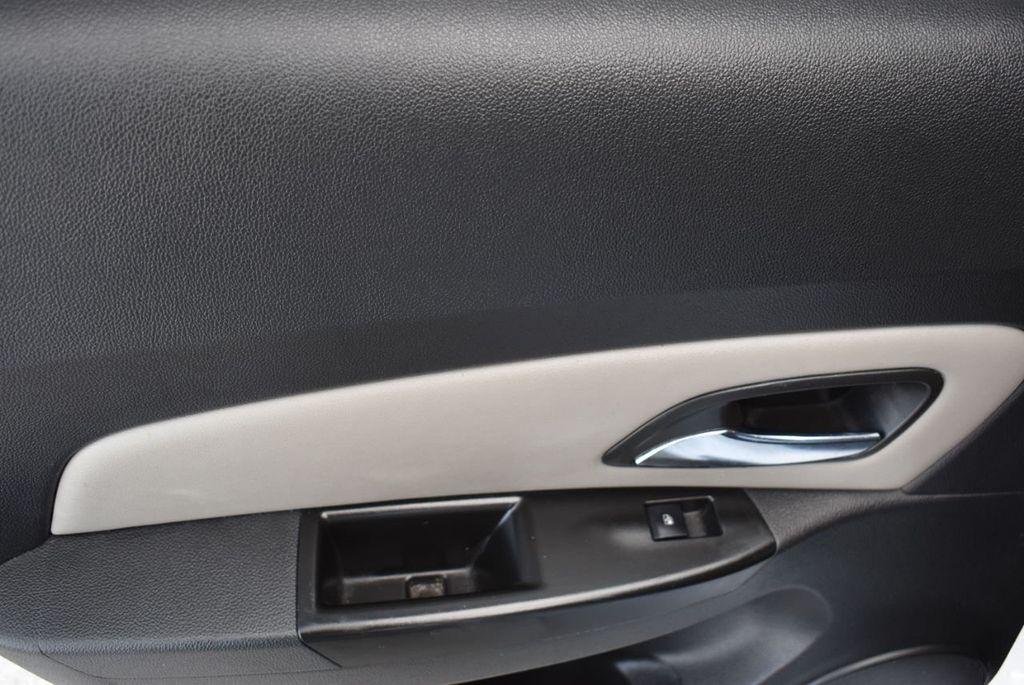2014 Chevrolet CRUZE 4dr Sedan Automatic LS - 18550329 - 11
