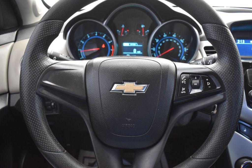 2014 Chevrolet CRUZE 4dr Sedan Automatic LS - 18550329 - 19