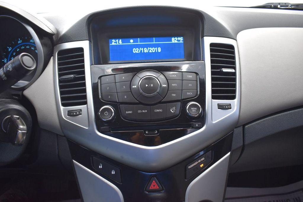 2014 Chevrolet CRUZE 4dr Sedan Automatic LS - 18550329 - 21