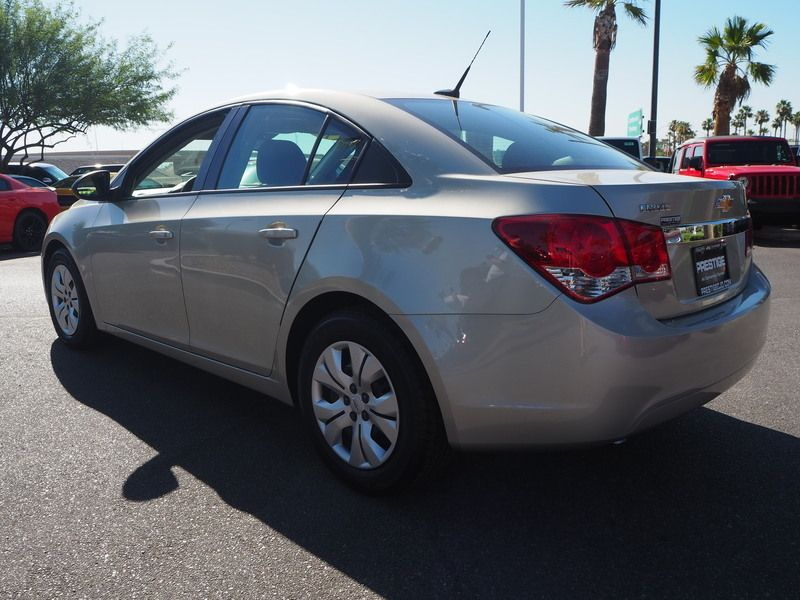 2014 Chevrolet CRUZE 4dr Sedan Automatic LS - 17681673 - 9