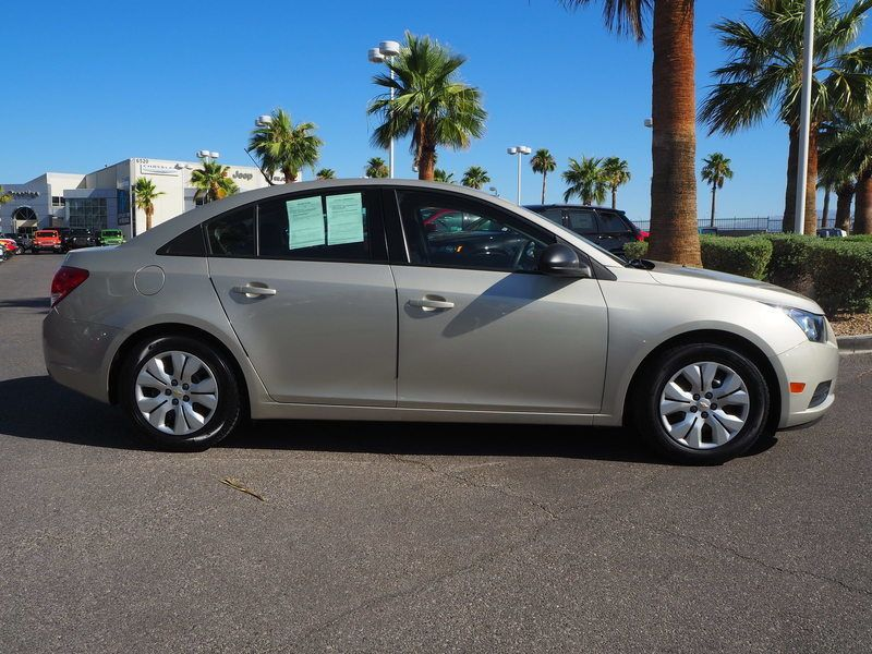 2014 Chevrolet CRUZE 4dr Sedan Automatic LS - 17681673 - 3