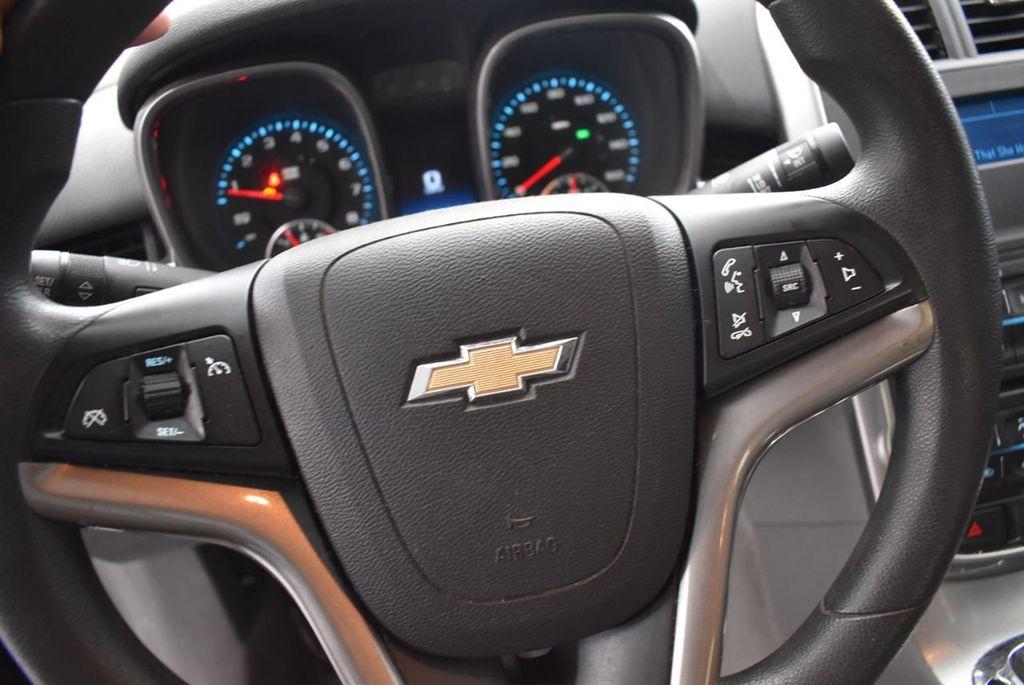 2014 Chevrolet Malibu LS - 17327213 - 10
