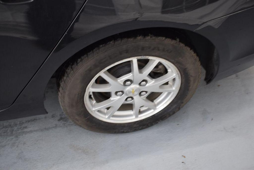2014 Chevrolet Malibu LS - 17327213 - 5