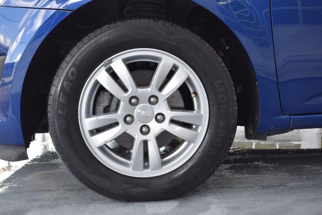 2014 Chevrolet Sonic 4dr Sedan Automatic LT - 18246520 - 11