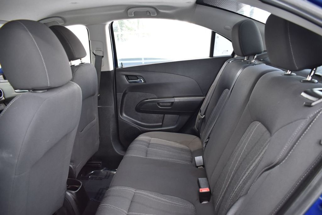 2014 Chevrolet Sonic 4dr Sedan Automatic LT - 18246520 - 12