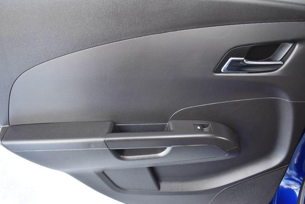 2014 Chevrolet Sonic 4dr Sedan Automatic LT - 18246520 - 13