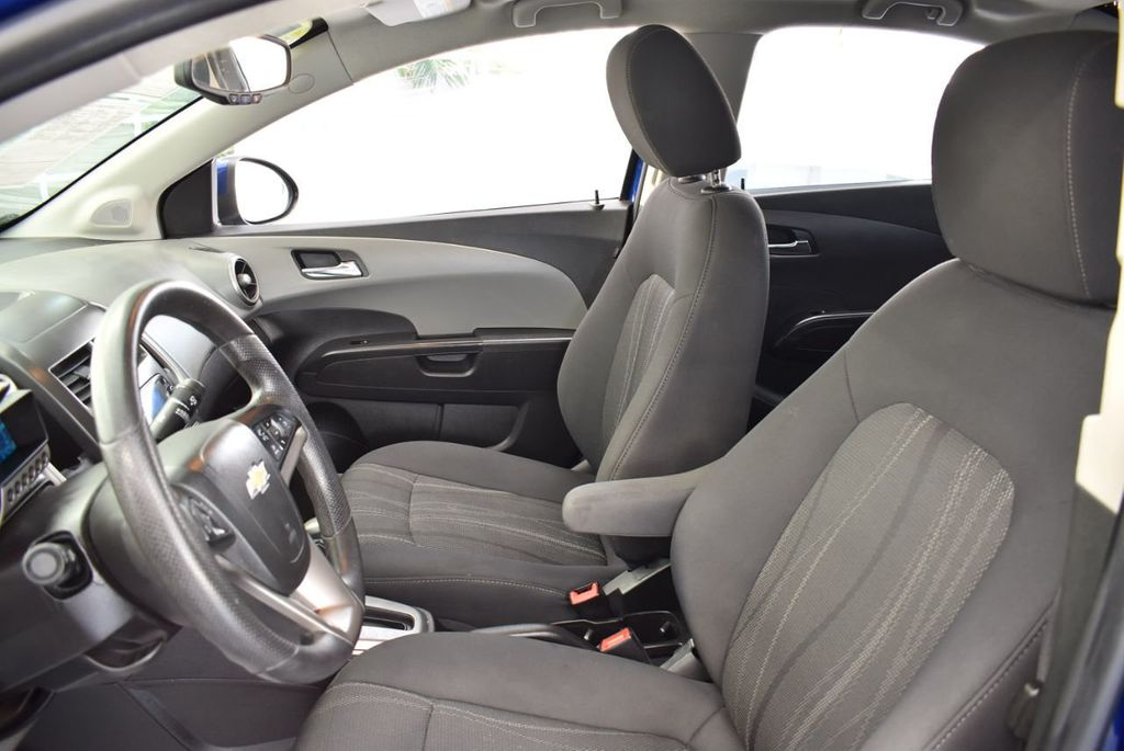 2014 Chevrolet Sonic 4dr Sedan Automatic LT - 18246520 - 14