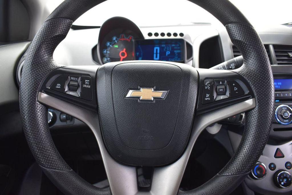 2014 Chevrolet Sonic 4dr Sedan Automatic LT - 18246520 - 17