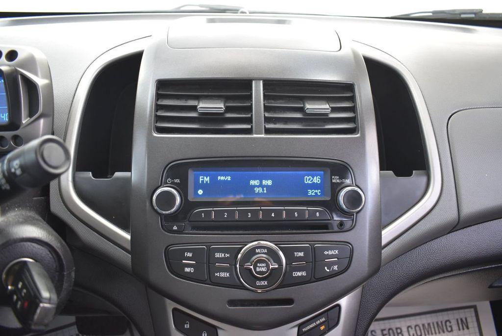 2014 Chevrolet Sonic 4dr Sedan Automatic LT - 18246520 - 20