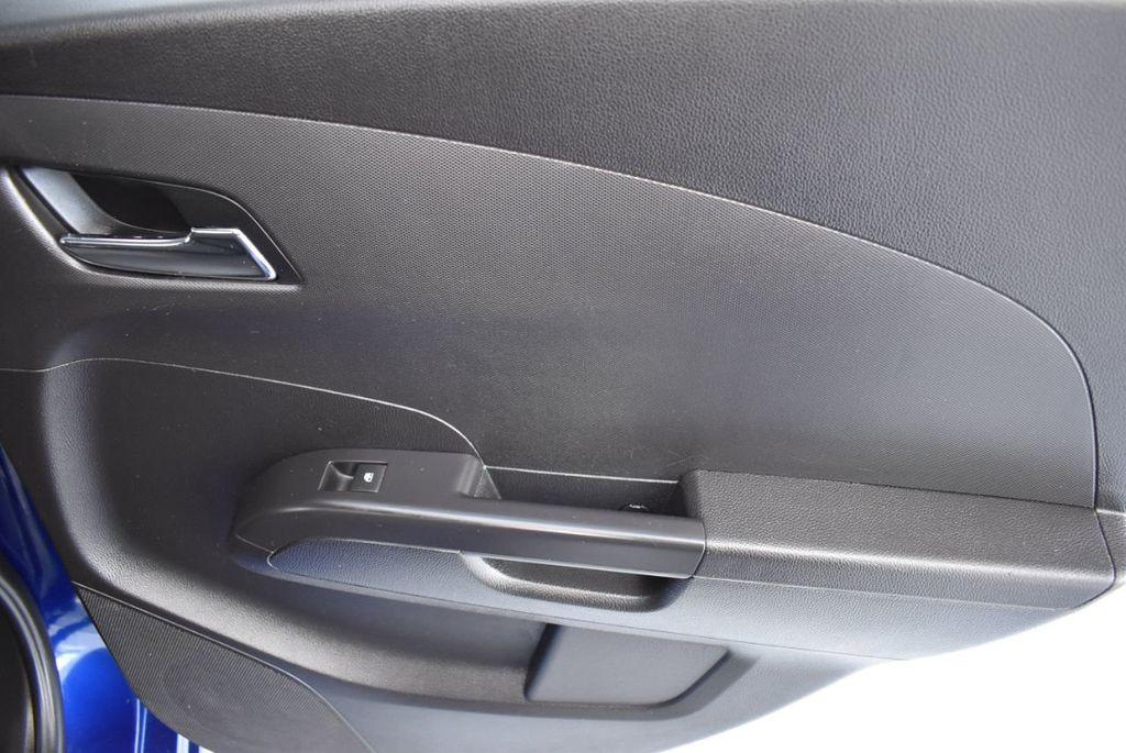 2014 Chevrolet Sonic 4dr Sedan Automatic LT - 18246520 - 23