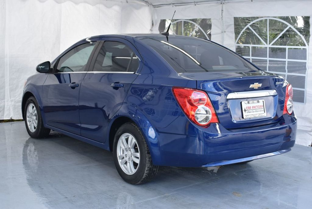 2014 Chevrolet Sonic 4dr Sedan Automatic LT - 18246520 - 5