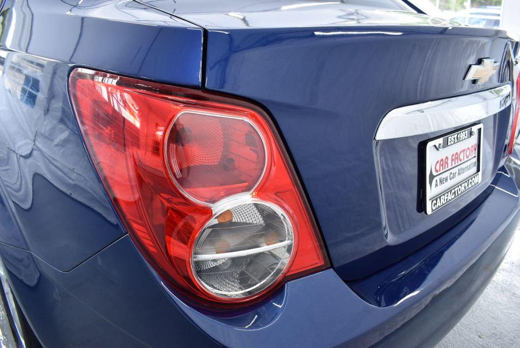 2014 Chevrolet Sonic 4dr Sedan Automatic LT - 18246520 - 6