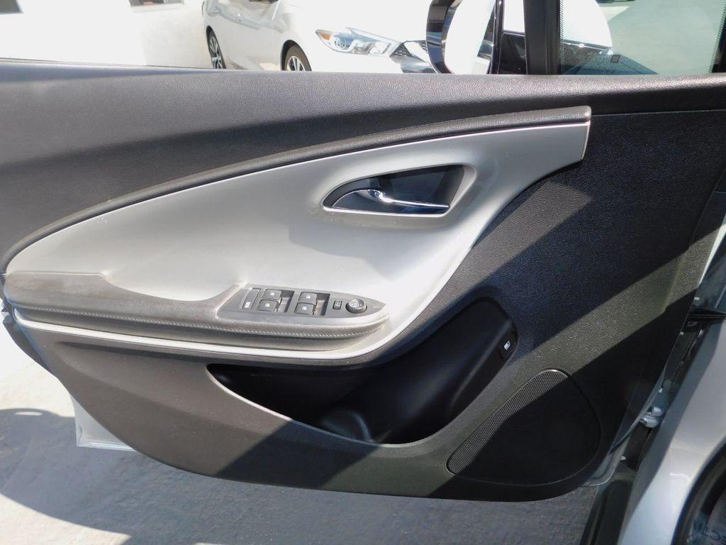 2014 Chevrolet Volt Chevrolet Volt Voltec Electric Hybrid - 18196160 - 9