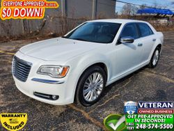 2014 Chrysler 300 - 2C3CCAKG7EH148240