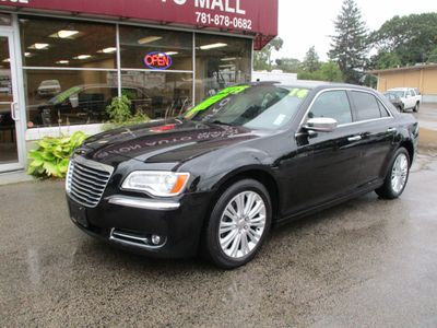 2014 Chrysler 300 4dr Sedan 300C AWD - Click to see full-size photo viewer
