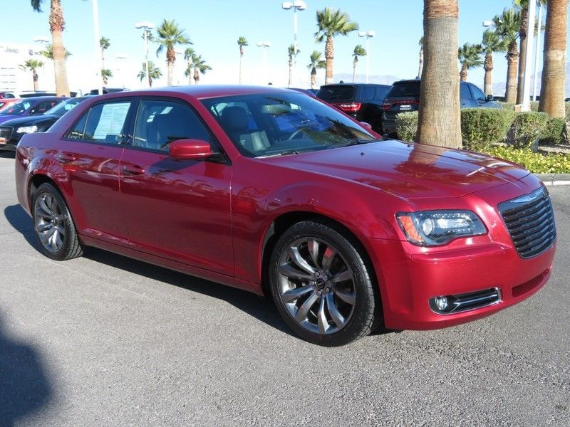 2014 Chrysler 300 4dr Sedan 300S RWD - 17135577 - 2