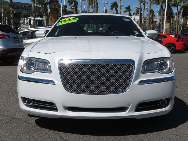 2014 Chrysler 300 Base Trim - 17454767 - 1