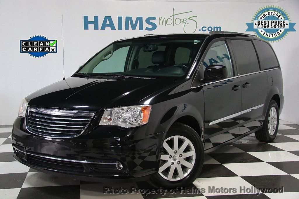2014 Chrysler Town & Country 4dr Wagon Touring - 16725718 - 0
