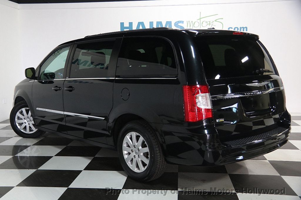 2014 Chrysler Town & Country 4dr Wagon Touring - 16725718 - 4