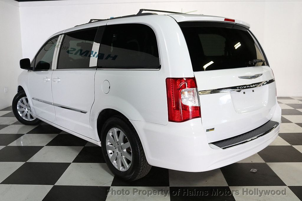 2014 Chrysler Town & Country 4dr Wagon Touring - 17667683 - 4