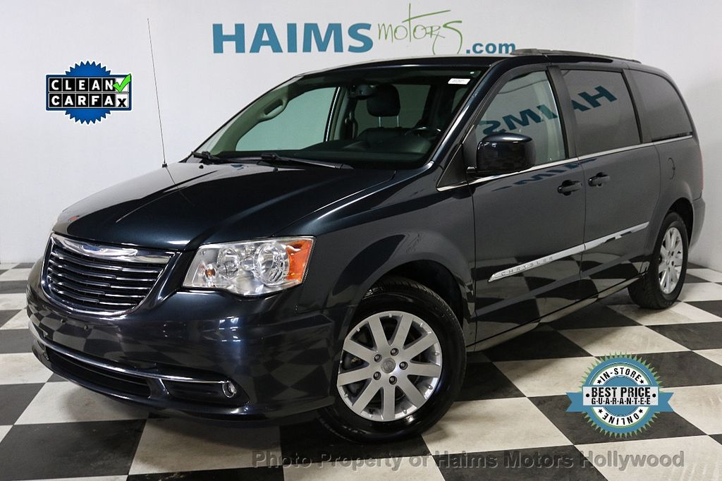 2014 Chrysler Town & Country 4dr Wagon Touring - 18596623 - 0