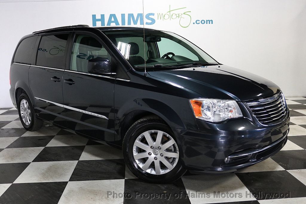 2014 Chrysler Town & Country 4dr Wagon Touring - 18596623 - 3