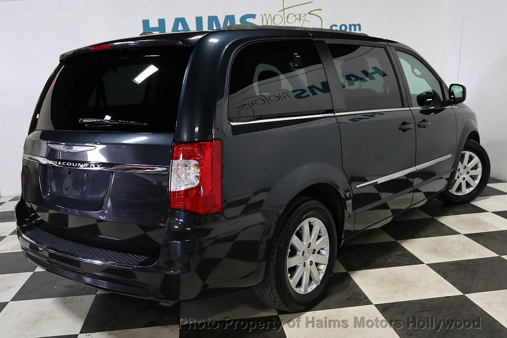 2014 Chrysler Town & Country 4dr Wagon Touring - 18596623 - 6