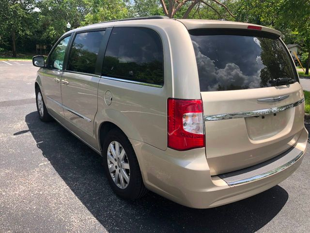 2014 Chrysler Town & Country 4dr Wagon Touring - Click to see full-size photo viewer