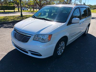 2014 Chrysler Town & Country 4dr Wagon Touring Van