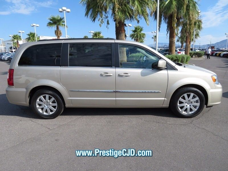 2014 Chrysler Town & Country 4dr Wagon Touring - 16771714 - 3