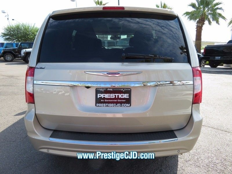 2014 Chrysler Town & Country 4dr Wagon Touring - 16771714 - 5