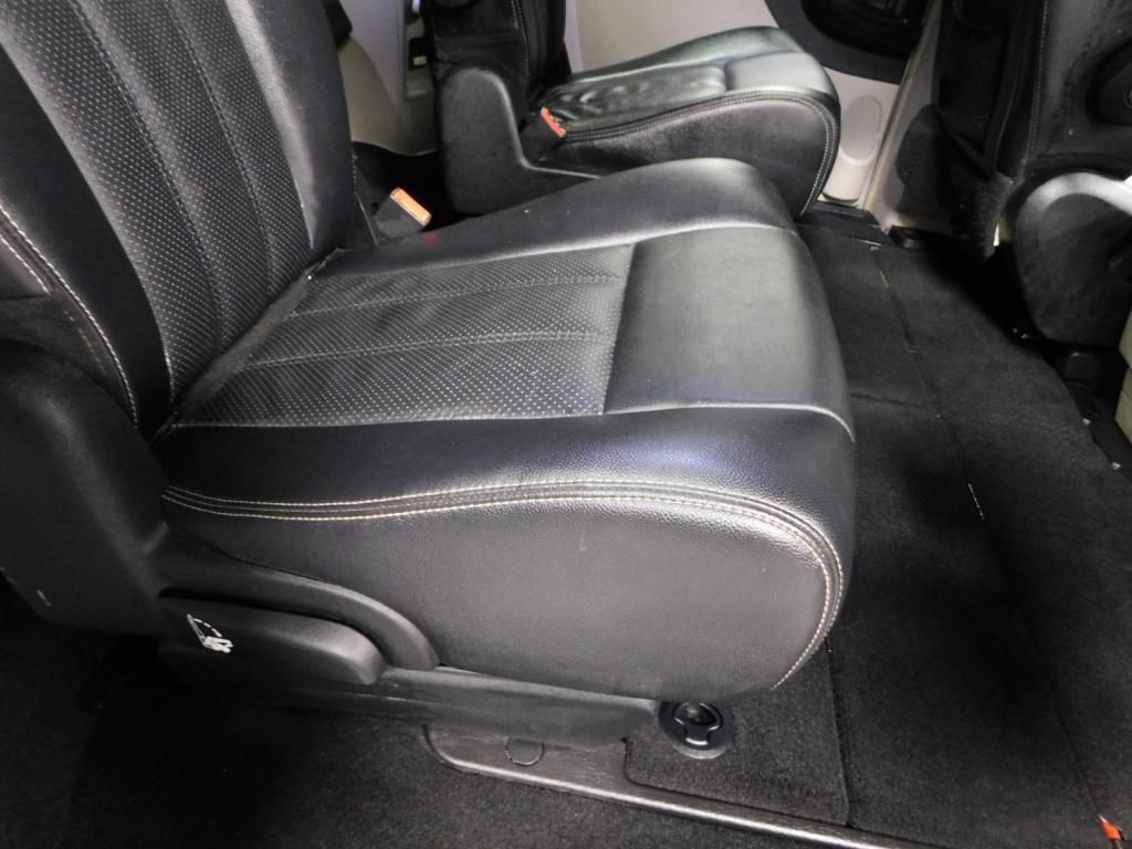 2014 Chrysler Town & Country Touring-L LEATHER - DUAL POWER SLIDERS - NICE! - 17758720 - 15