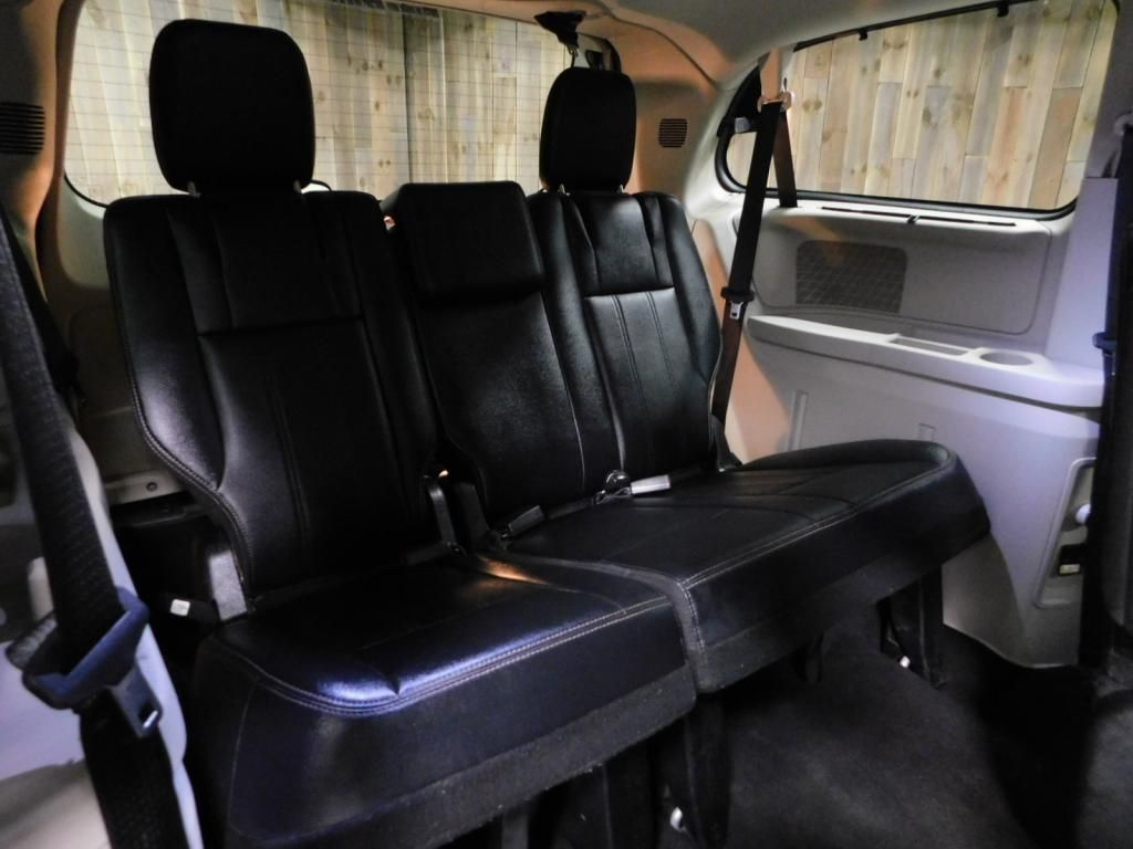 2014 Chrysler Town & Country Touring-L LEATHER - DUAL POWER SLIDERS - NICE! - 17758720 - 20