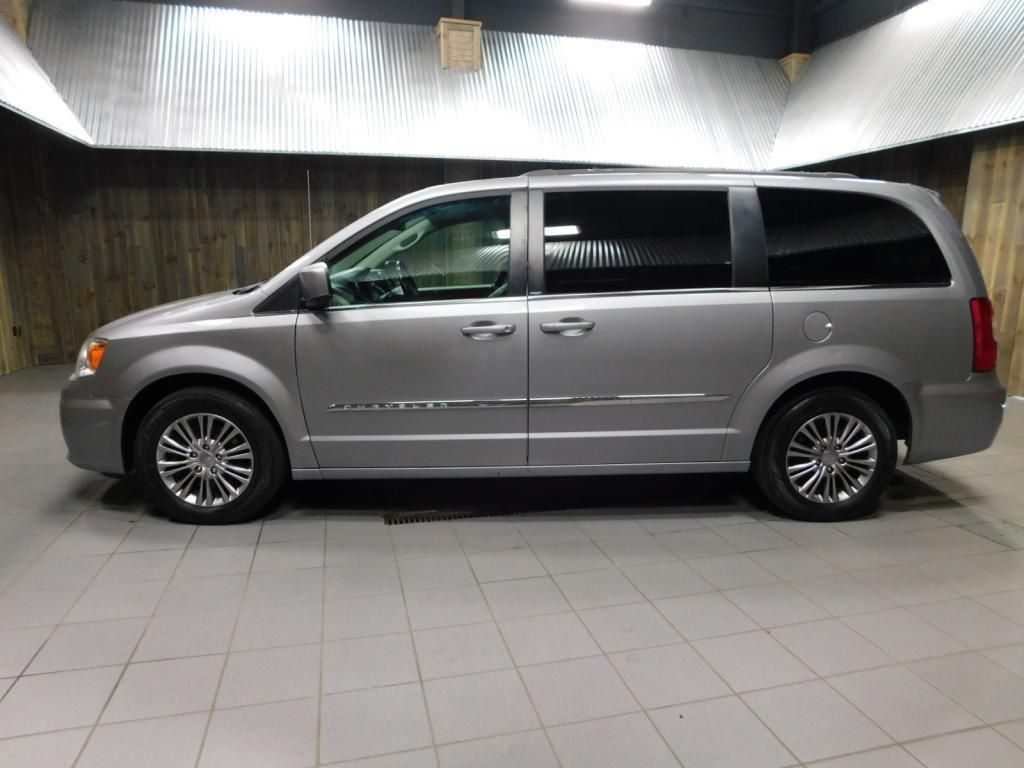 2014 Chrysler Town & Country Touring L LEATHER - DUAL POWER SLIDERS - NICE! - 17758720 - 4