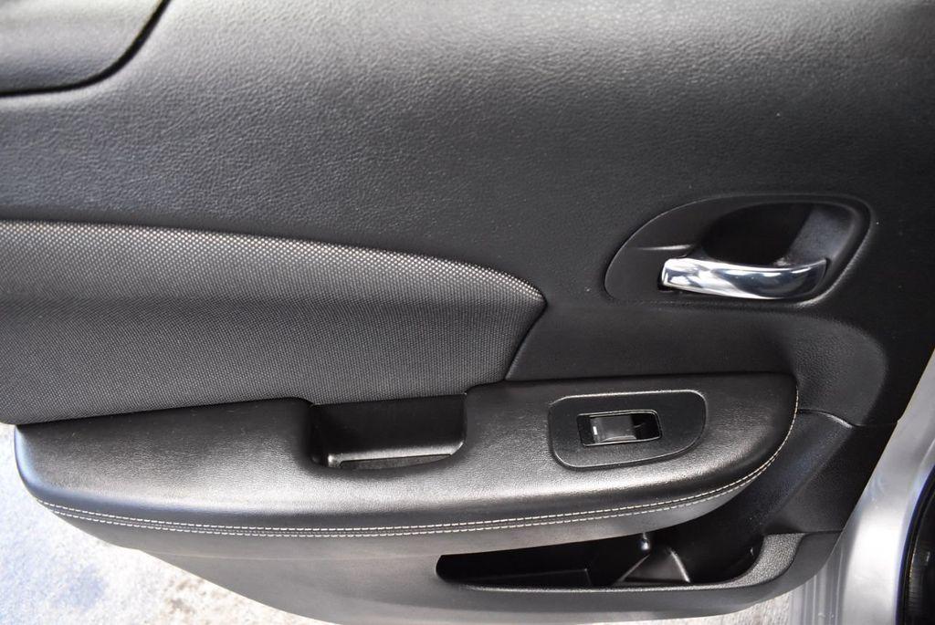 2014 Dodge Avenger 4dr Sedan SE - 18271730 - 13