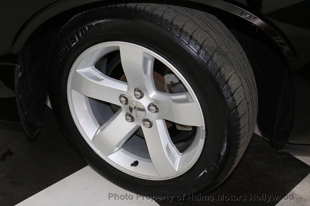 2014 Dodge Challenger 2dr Coupe SXT - 18712610 - 24