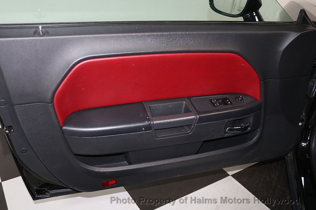 2014 Dodge Challenger R/T - 17525556 - 9
